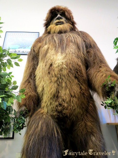 Everyone loves Bigfoot by Christa Thompson